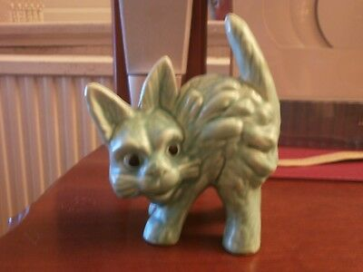 Vintage Sylvac? Green Scared Cat With Shorter tail -Good cond