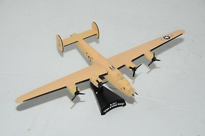 B-24J 376TH BOMBER GROUP Plane Diecast Model 1/163 Scale With Stand