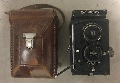 Vintage Germany Rolleiflex Compur Franke & Heidecke Camera and Leather Case