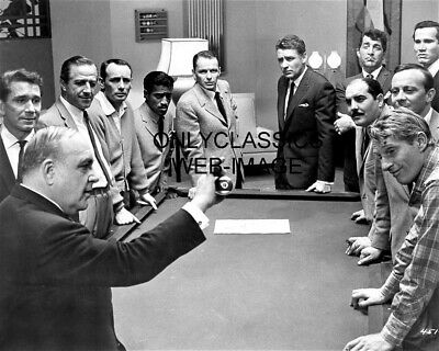 "1960 ""Ocean's 11"" Rat Pack Frank Sinatra, Dean Martin 8X10 Photo Billiards Pool"
