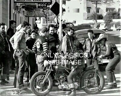 1947 HOLLISTER CA BOBBER MOTORCYCLE GANG 8X10 PHOTO Tough Guys with Pretty Girls
