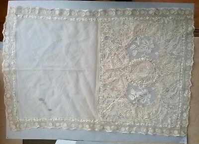18th c. Lace two Part Panel