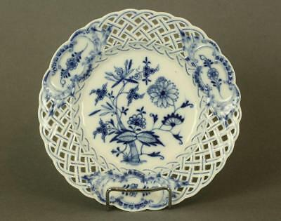 Beautiful Antique Meissen Crossed Swords Blue Onion Reticulated Plate Circa 19C.