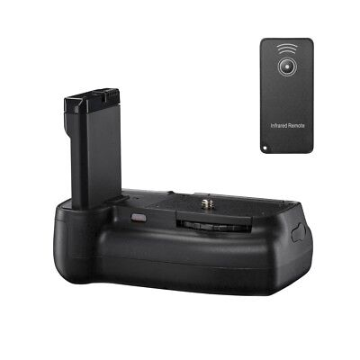 Walimex pro Battery Grip Nikon D3200 by Digital Photographs