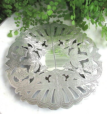 Lovely Vintage Wallace Silverplate Expandable Hot Plate Trivet Pretty Pattern!