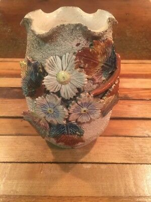 English Victorian Sand Majolica Applied Flowers & Leaves Vase
