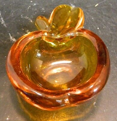 """Vintage Amber Art Glass Apple Shaped Bowl 4.75"""" x 3.5"""" x 1.63"""" Excellent Cond"""
