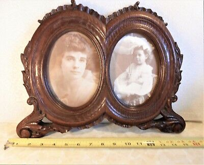 Vintage  Solid  Wood  Carving  Double  Oval  Picture  Frame  With  Glass Cover