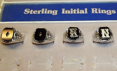 Vintage VARGAS Signet Sterling Silver Black Onyx Textured Initial Ring sz 8 or 7