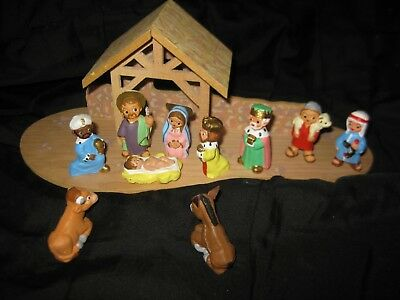 1988 Hallmark Christmas Nativity Creche Merry Mini + 10 Figures