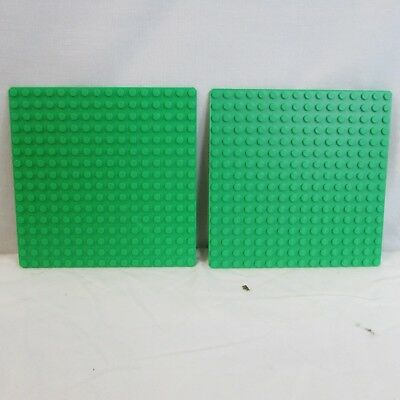 LEGO lot of 2 genuine brick bright green thin Base plate genuine LEGO 16x16