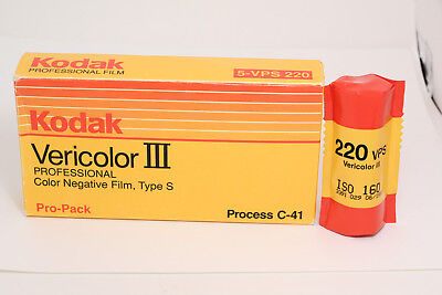 Kodak Vericolor III 220 Film, Color – 5-roll Pro Pack + 1 loose roll -total of 6