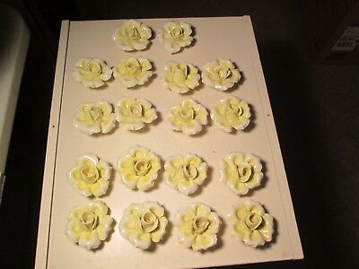 GGG Lot of 18  Large Yellow Capodimonte Roses Porcelain Lamp Chandelier Flowers