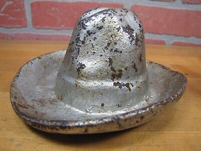 Old Cast Iron Big Western COWBOY HAT Decorative Tray Cigar Ashtray Thick Solid