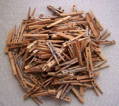 Lot Of 150 Vintage Spring Clip Wood Clothes Pins Mixed Weathered Laundry Hangers