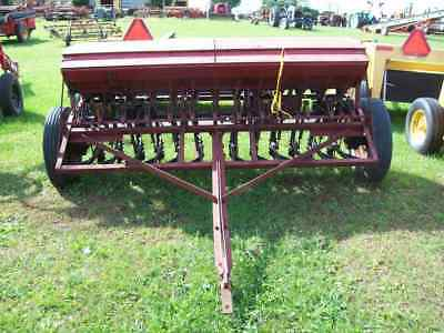 International #10 Grain Drill with Grass Seeder, 13 Disc  ; Very Good Condition
