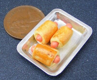 1:12 Scale 5 Loose Small Sausage Rolls tumdee Dolls House Bakery Snack Food T1