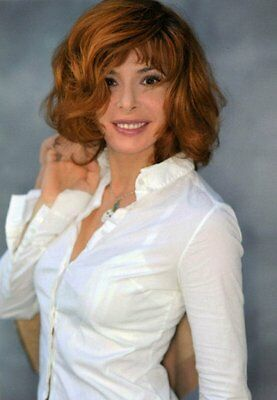 photo 10*15cm 4x6 INCH  MYLENE FARMER