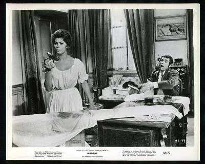1963 SOPHIA LOREN & ROBERT HOSSEIN In MADAME Vintage Original Photo TWO WOMEN gp