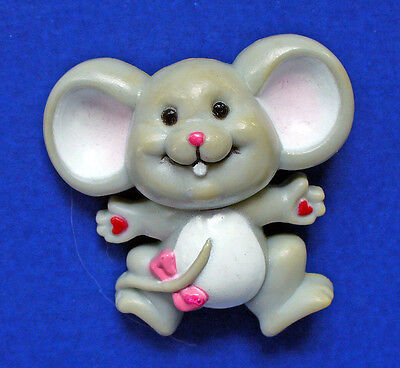 BUY1&GET1@50%~Russ PIN Valentines MOUSE Gray w HEART Hands Vtg Holiday Brooch