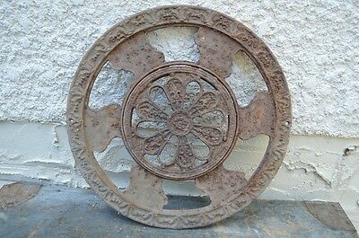 Antique Adjustable Opening Closing Heating Air Grate Vent Wall Floor Cast Iron
