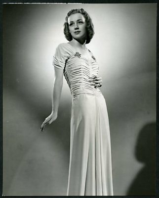 ANNE SHIRLEY Original Vintage 1938 SCHAFER Stamp FASHION PORTRAIT DBLWT Photo