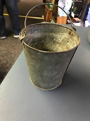 Small vintage GALVANIZED TIN STEEL BUCKET PAIL wire Bail Handle