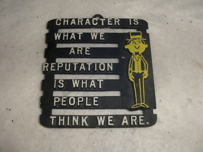 vintage kitchen trivit sayings black / yellow  Character is what awe are Reput
