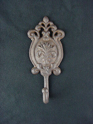 "Ornamental Iron Abstract Oval Fleur De Lis Pattern 7 1/4"" Wall Hook Coat Hanger"