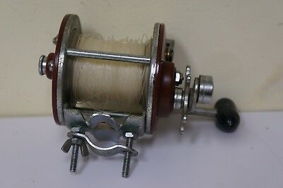 Vintage Penn Peer No. 209 Level Wind Fishing Reel - blk handle