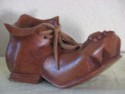 Vintage Wood Handcrafted Old Shoe with a little mouse on top.