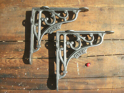 medium pair of cast iron brackets -antique style- Great North Eastern Railway