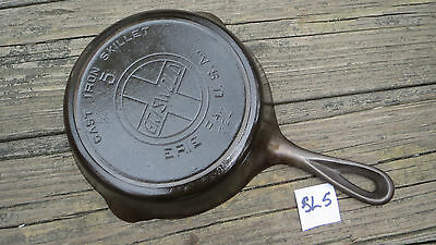 Griswold No.5 Cast Iron Skillet with Heat Ring Slant Logo P/N 724