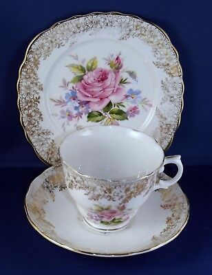 Balfour vintage bone China tea set for 6 beautifully decorated with roses