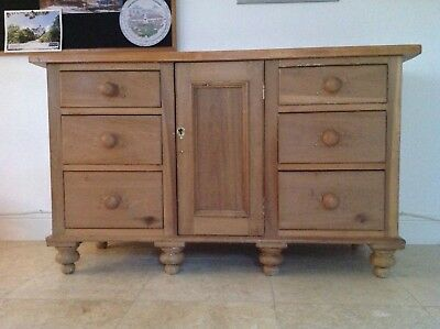 sideboard/dresser/cupboard/cabinet old antique waxed victorian pine working lock
