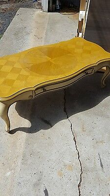Vintage Weiman coffee table Pick up only