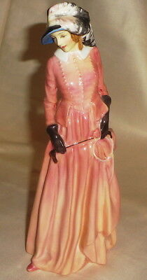 BONE CHINA Mark ROYAL DOULTON lady MAUREEN Rn 814286 FIGURINE (HN-1770)- 7 1/2""