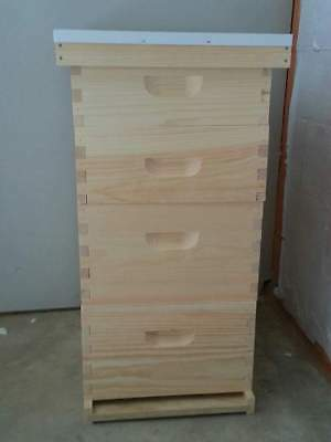 complete 10 frame langstroth beehive
