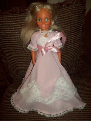 Vintage 1971 Ideal Toy Co Growing Hair Doll Blond