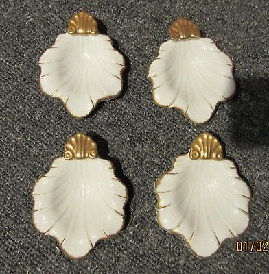 4 ceramic ESQ shell shaped dishes 4x 3 inches hand painted white & Gold 25252