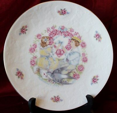 "ROYAL DOULTON 1977 Valentine Day plate ""MY VALENTINE"" 2nd in series"