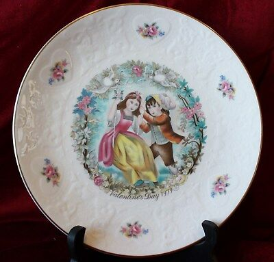 "ROYAL DOULTON 1979 Valentine Day plate ""MY VALENTINE"" 4th in series"