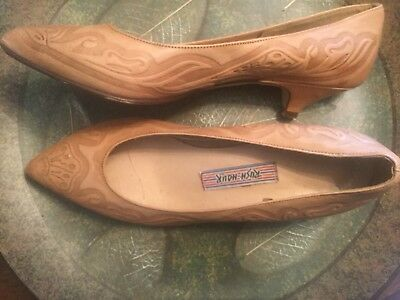Vintage Tooled Leather Shoes-Made In Italy-Size 7 1/2 B