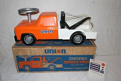Vintage Union 76 Ride-On Toy Dodge Tow Truck Gas Station Pump W/Box Sign~Nice