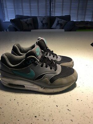 0a8a9275556474 NIKE AIR MAX Boys Girls Kids Trainers Size 3 Eur 35.5 - £5.50 ...