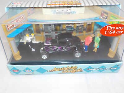 Motor Max Moments in time American Graffiti 1932 Ford Coupe Black diorama 1/64