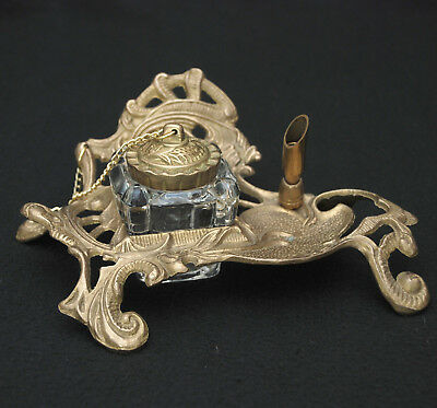 ANTIQUE STYLE FRENCH ROCOCO BRASS INKWELL STAND w PEN STAND & GLASS WELL w LID