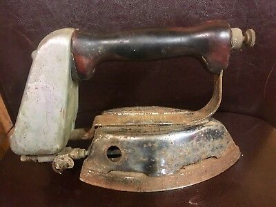 Antique vintage 1930s Montgomery Ward Quick Lighting Gas Iron