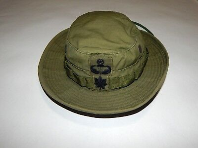 Original 1968 Vietnam War US Army AIRBORNE officer's JUNGLE HAT w/ PATCHES