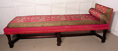 Charming 19th Century French Chaise Longue or Day Bed